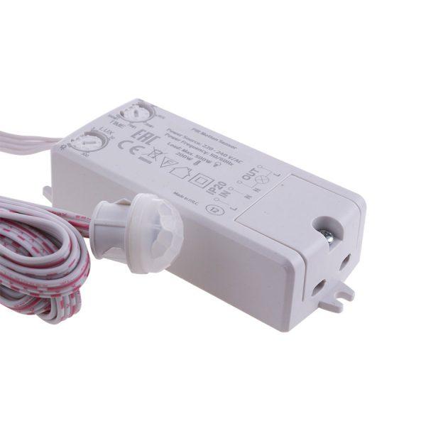 230V-PIR-Sensor-LED-strip-driver-Closeup